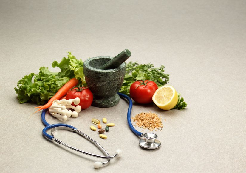 HOW TO AVOID FOOD AND DRUG INTERACTIONS? Image